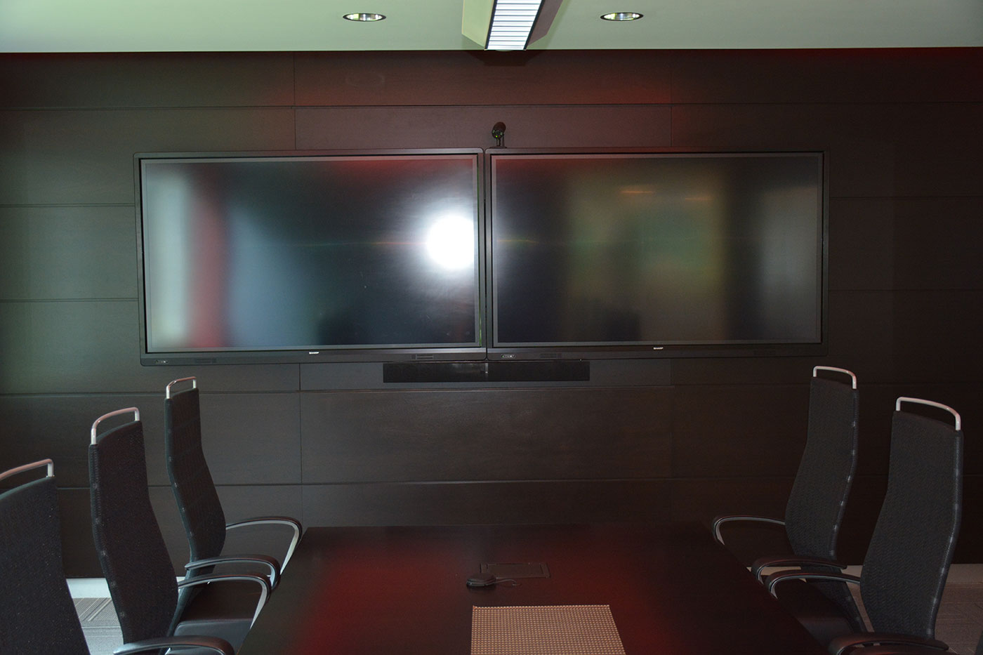Dual Screen Conference Room